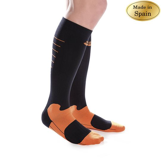 SPORTS COMPRESSION SOCKS Image